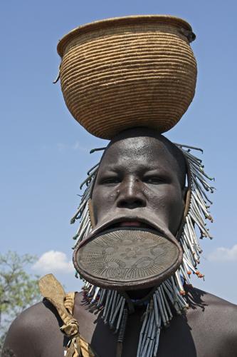 small-ethiopia-mursi-tribe4.jpg