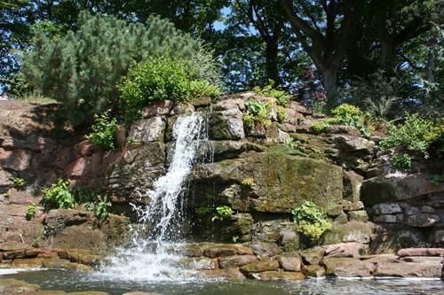 mna-ness-gardens-waterfall.jpg