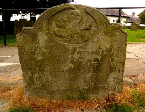 26-churchtown-skull-gravestone.jpg