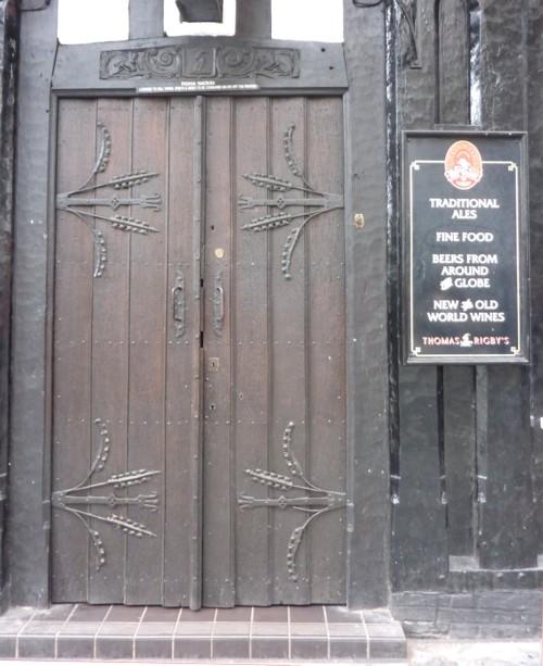 27-liverpool-rigby-door.jpg