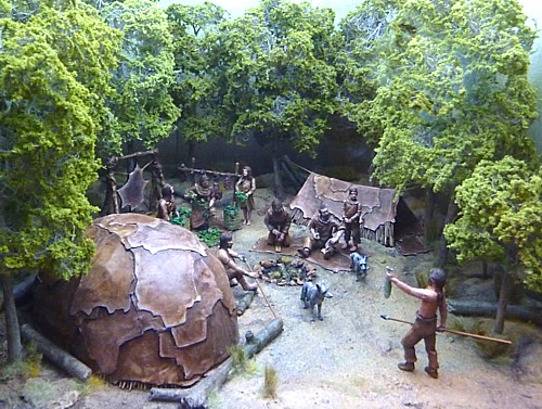 05-museum-hunter-gatherer-diorama.jpg