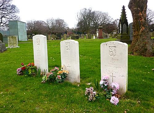 07-stanley-belgian-graves.jpg