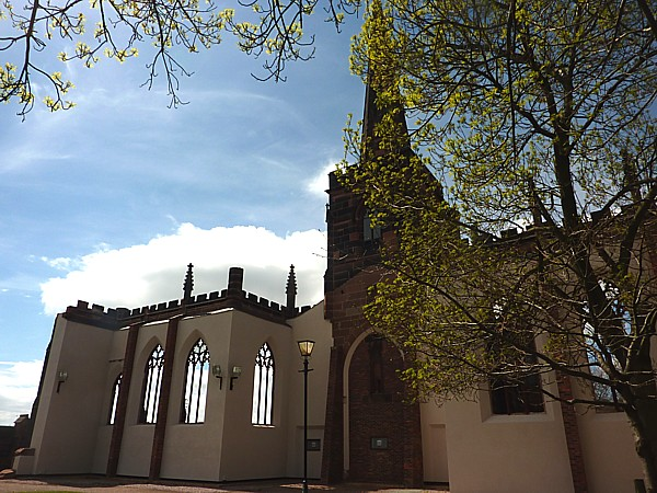 18 Birkenhead Norton Priory
