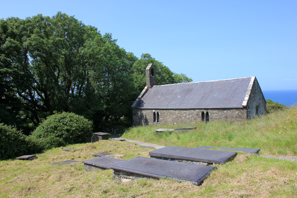 MNA Pistyll Church2