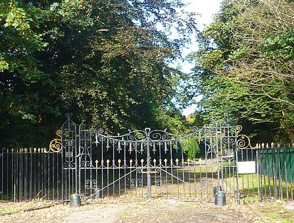 34 Crosby park gates