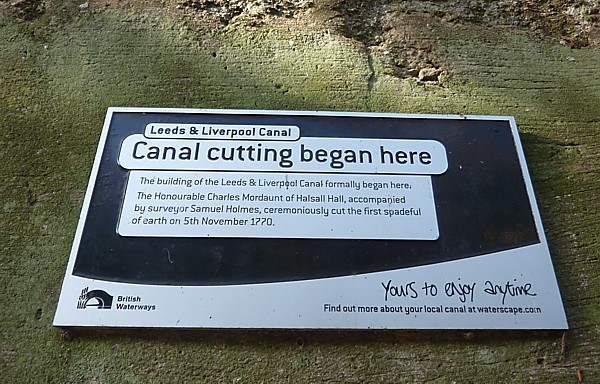 37 Canal 6 First sod sign