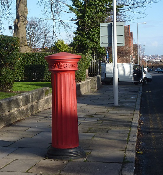 05 Birkenhead Park fluted pillar box