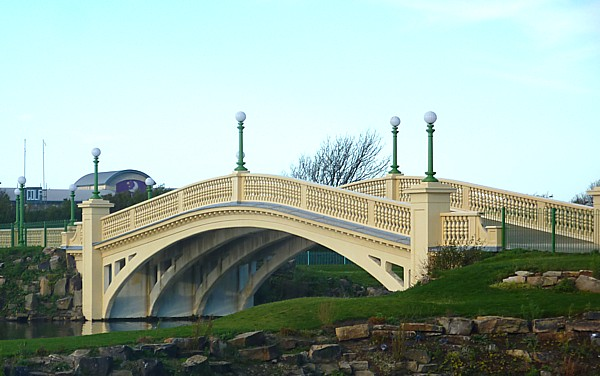 45 Southport bridge