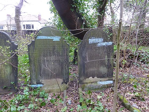 15 Walton gravestones