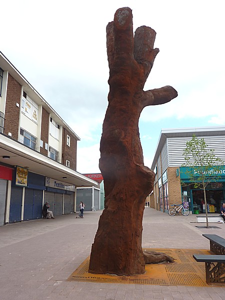 25 Kirkby metal tree
