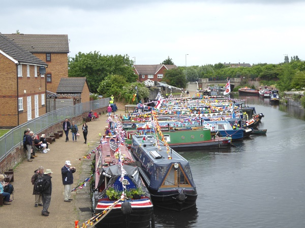 22 Eldonian narrowboats