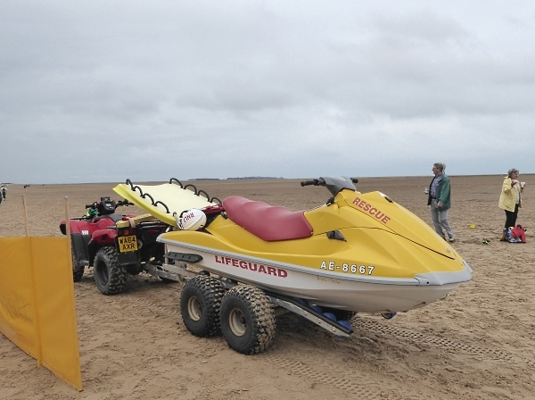32 Hilbre Lifeboat gear